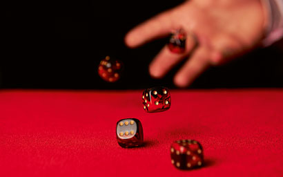 Playing_dice