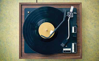 Old_turntable