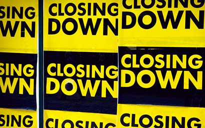 Closing_down_signs