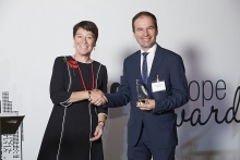 Innovator Commended - Metrosoft. Accepted by Mateusz Derejski, presented by Catherine Doherty.