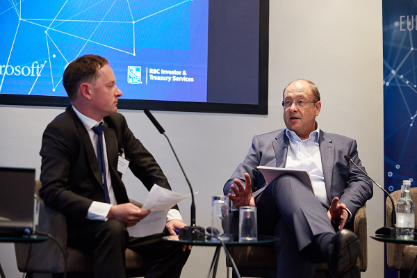 Nick Fitzpatrick, Group Editor of Funds Europe (left), intrerviews Markus Ruetimann, CEO of Hardy London & Chairman of Aprexo Group, former COO Schroders plc