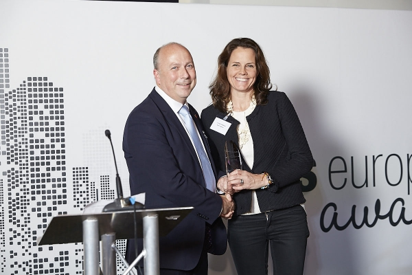 Specialist Investment Firm - East Capital. Accepted by Louise Hedberg, presented by Steve Butler.